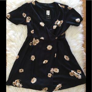 🌺Volcom black floral dress New! Sz Large